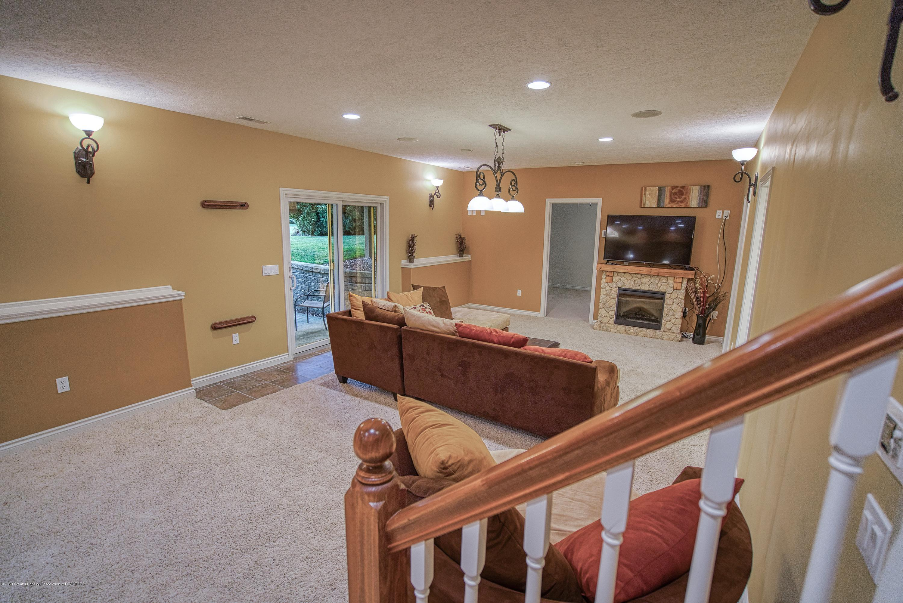 11996 Sara Ann Dr - Finished Walk Out Lower Level - 26
