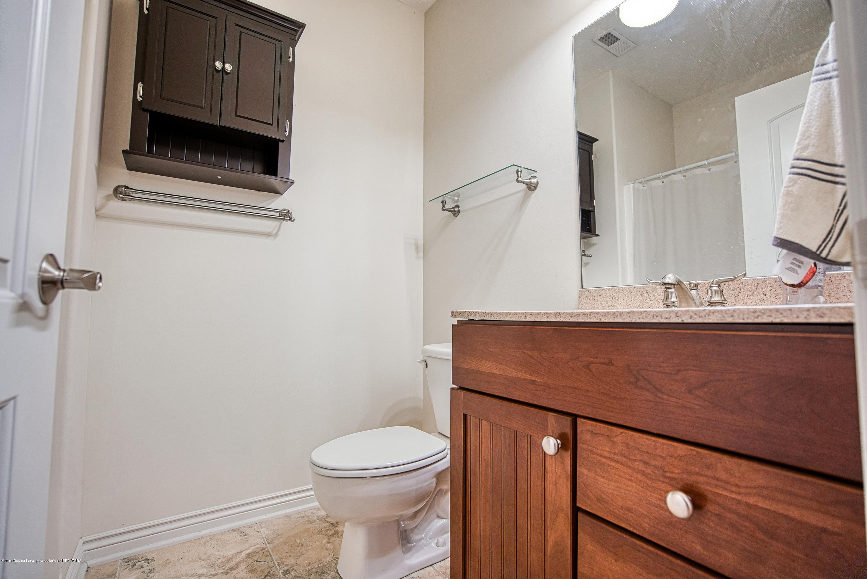 11996 Sara Ann Dr - Third Full Bathroom - 30