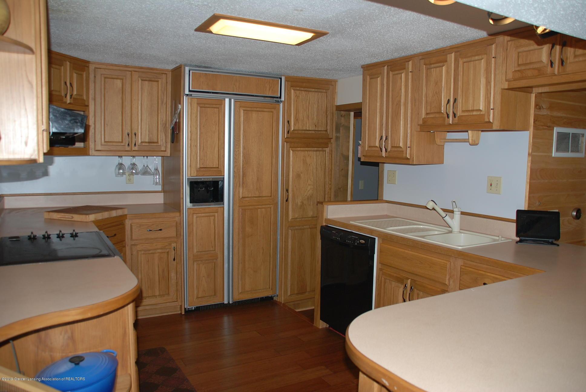 15474 Park Lake Rd - Kitchen - 10