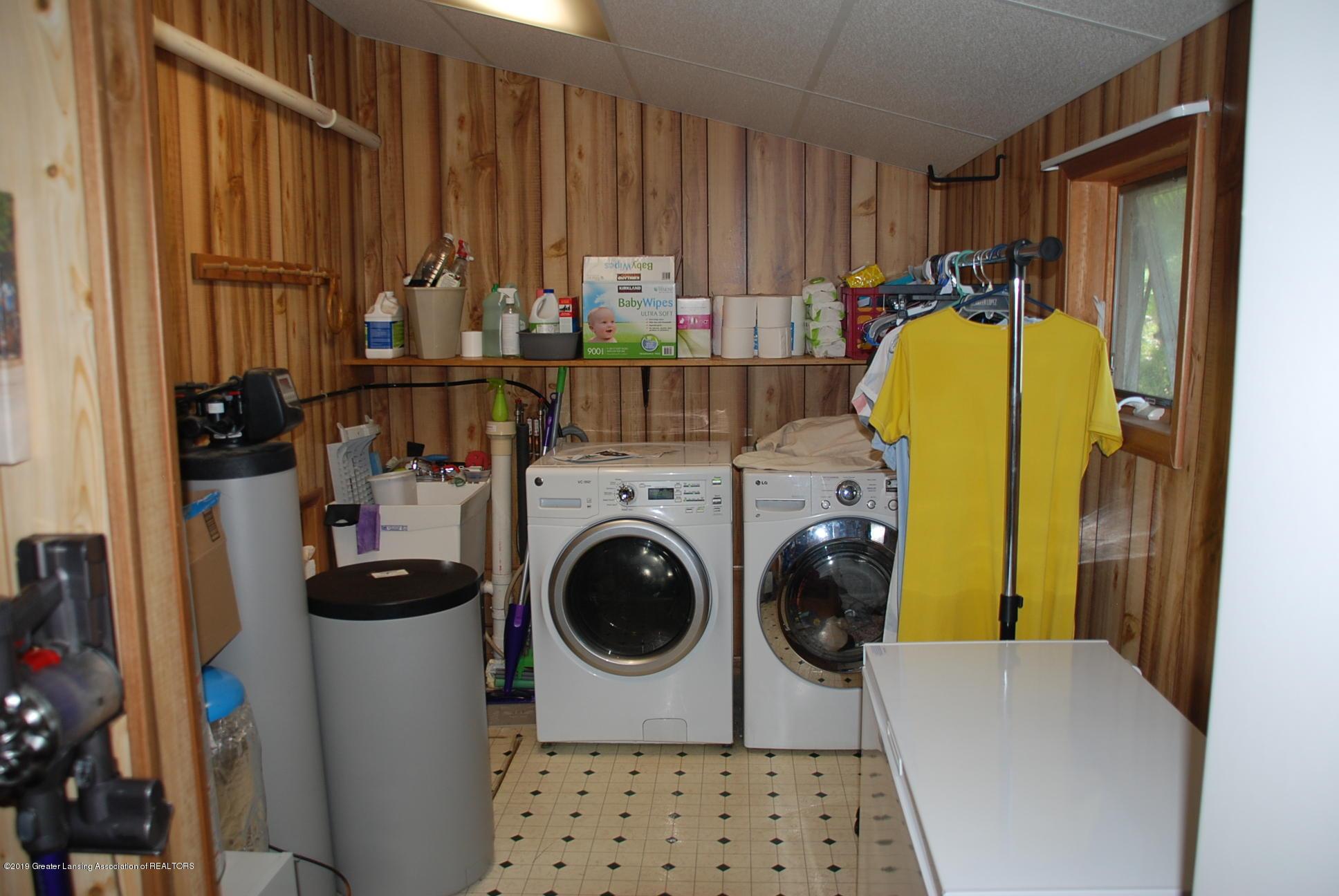 15474 Park Lake Rd - Laundry - 27