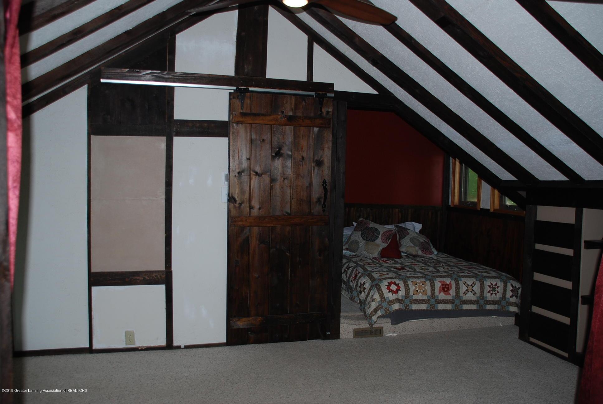 15474 Park Lake Rd - Master Bedroom - 22