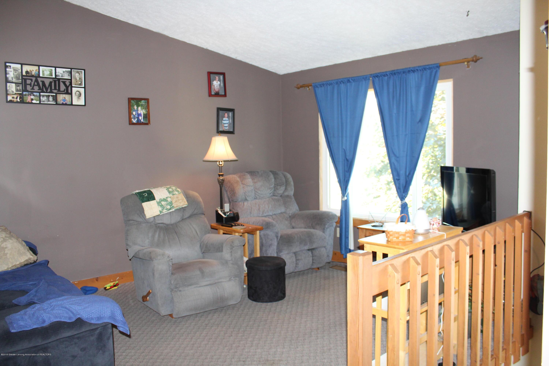 1516 Jacqueline Dr - Living Room - 7