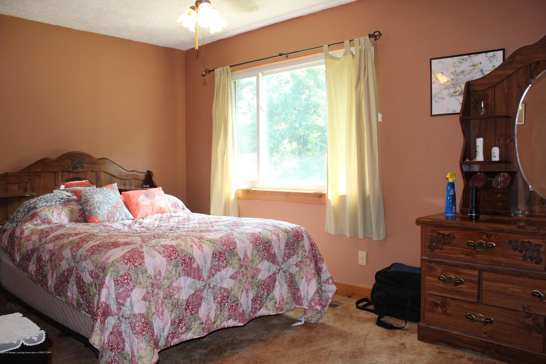 1516 Jacqueline Dr - Master Bedroom - 9