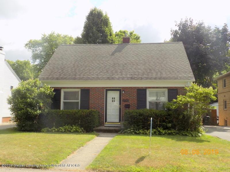 230 Highland Ave - DSCN0215 - 1