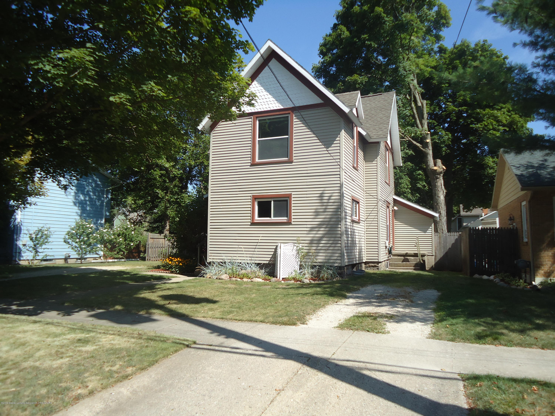 615 Warren Ave - 615 Warren Street 001 - 3