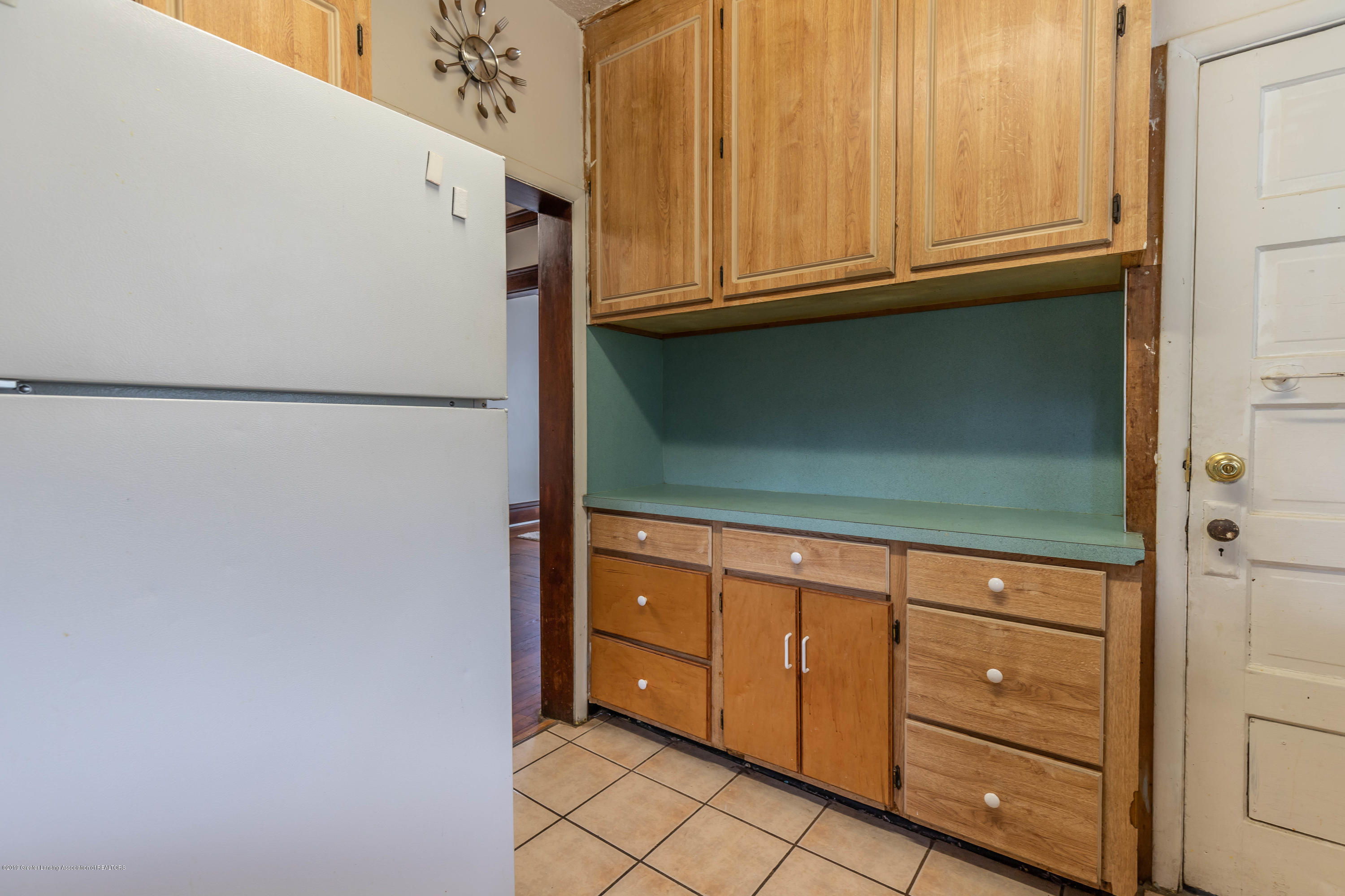 117 S Hayford Ave - Kitchen - 9