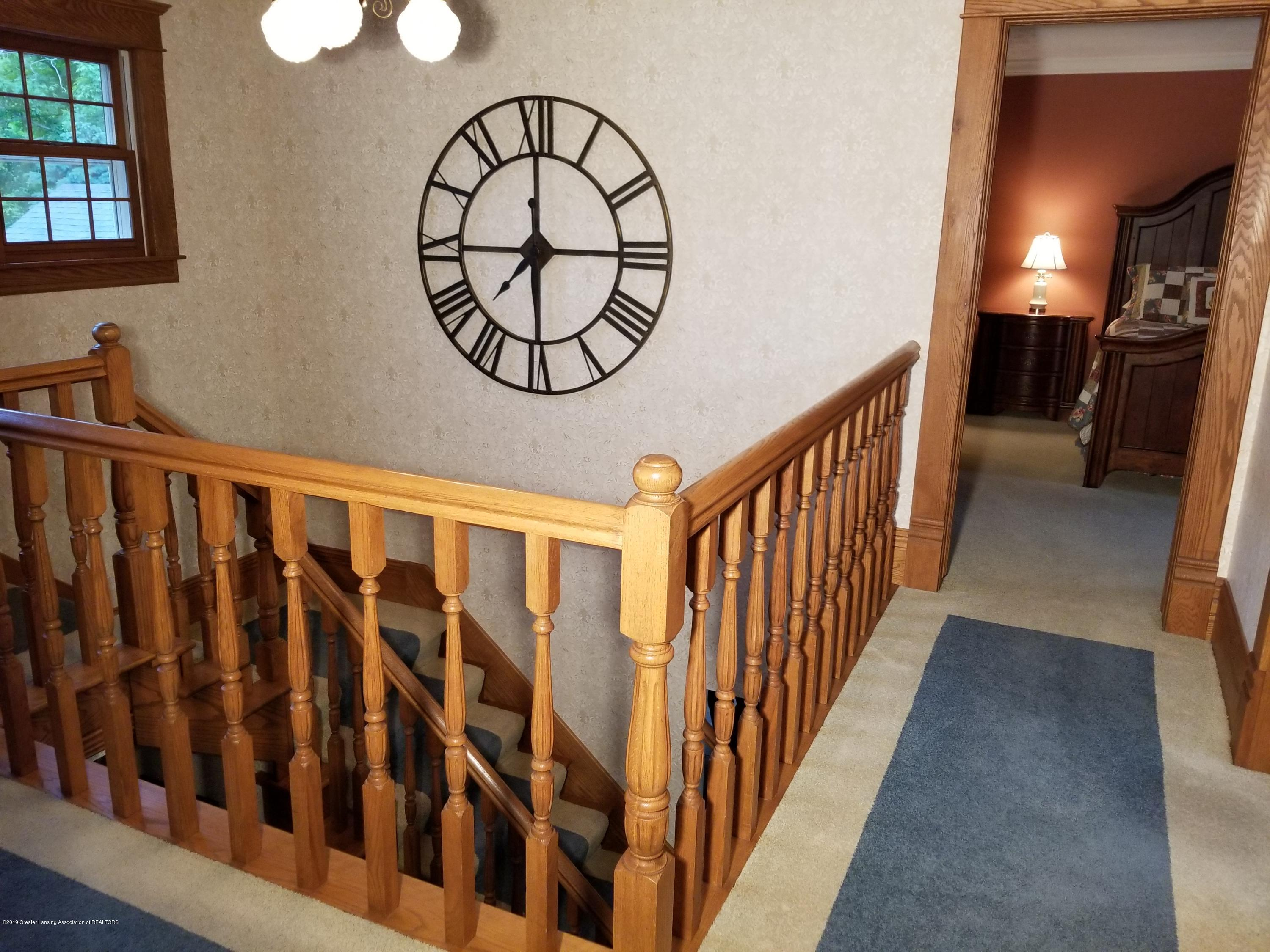 5402 River Bend Cir - 15 Stairs 06 (1) - 20