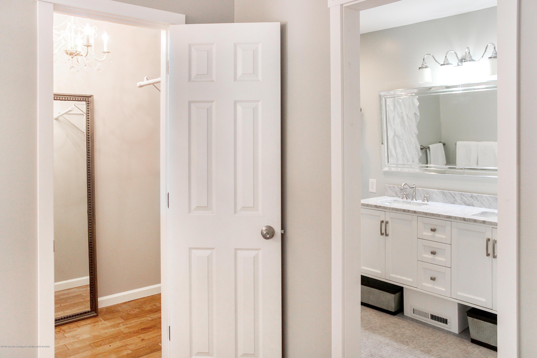 2331 Hulett Rd - Master Bath and Walk in Closet - 12