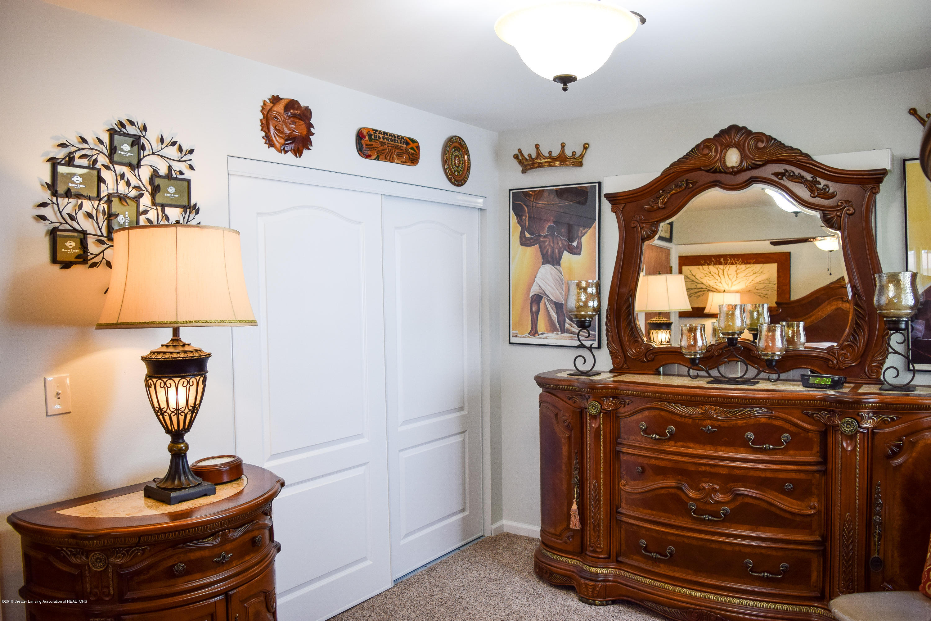 4624 Norwick St - Master Suite - 20