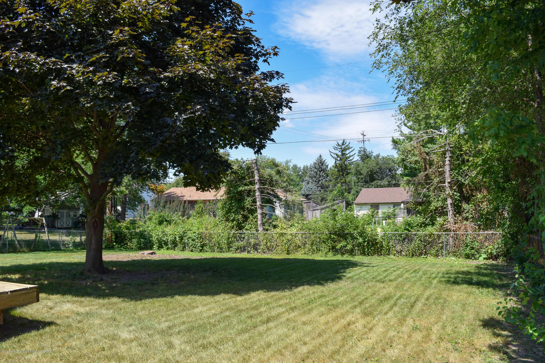 4624 Norwick St - Backyard - 32