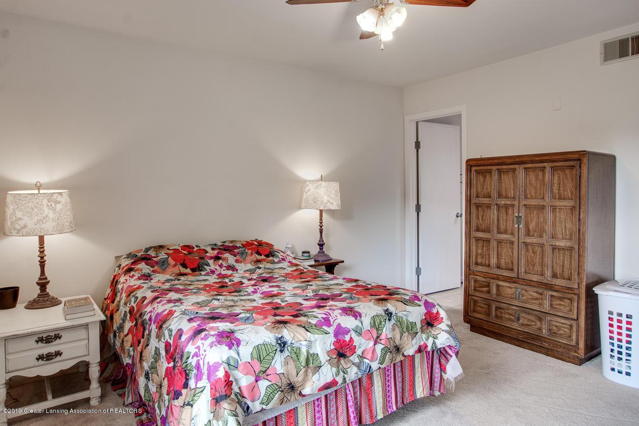 3673 E Meadows Ct - master bedroom - 12