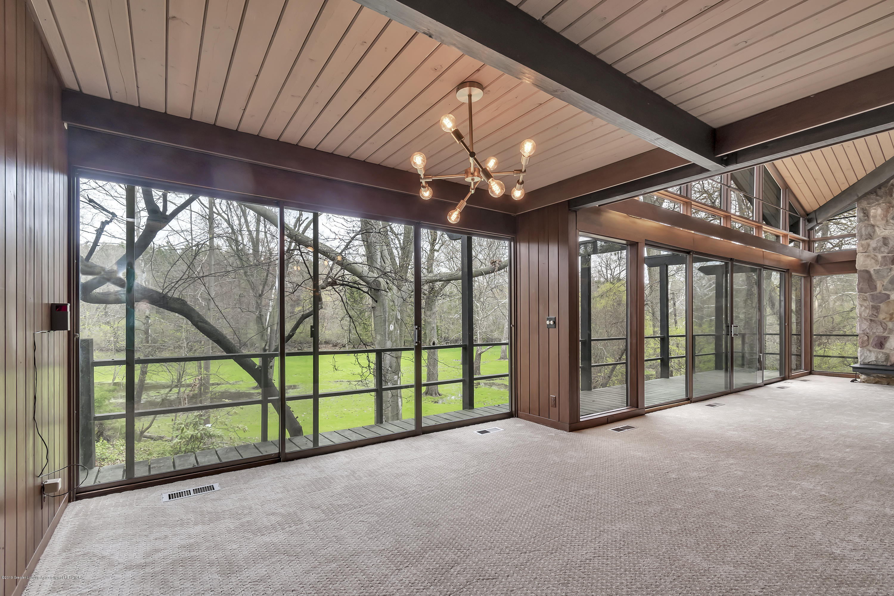 4702 Huron Hill Dr - Dining Room - 12