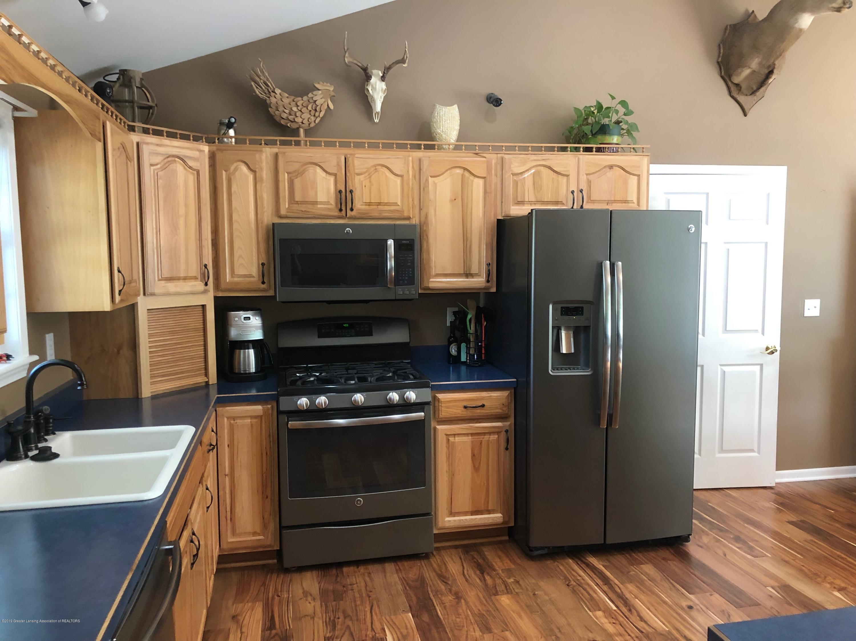 7984 Woodbury Rd - Kitchen - 14