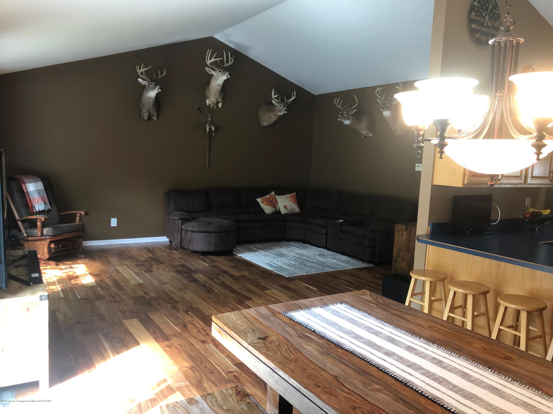 7984 Woodbury Rd - Living Room - 5