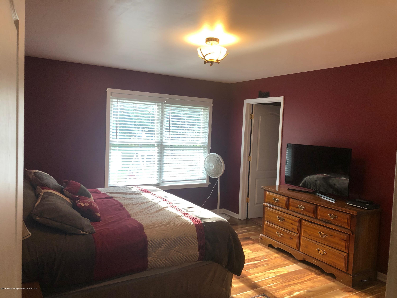7984 Woodbury Rd - Master Bedroom - 16