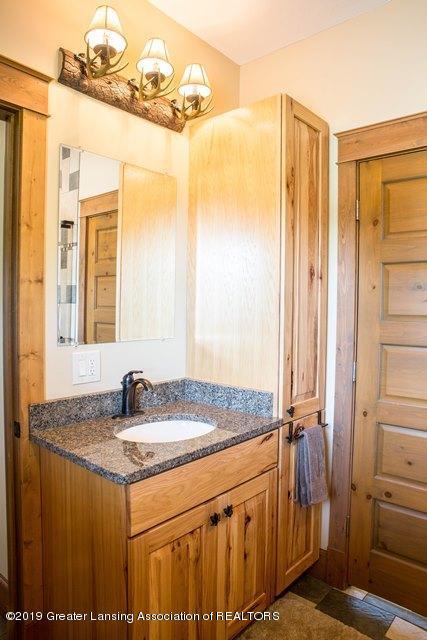 3267 N Bradley Rd - Dads House_Edits-8 - 21