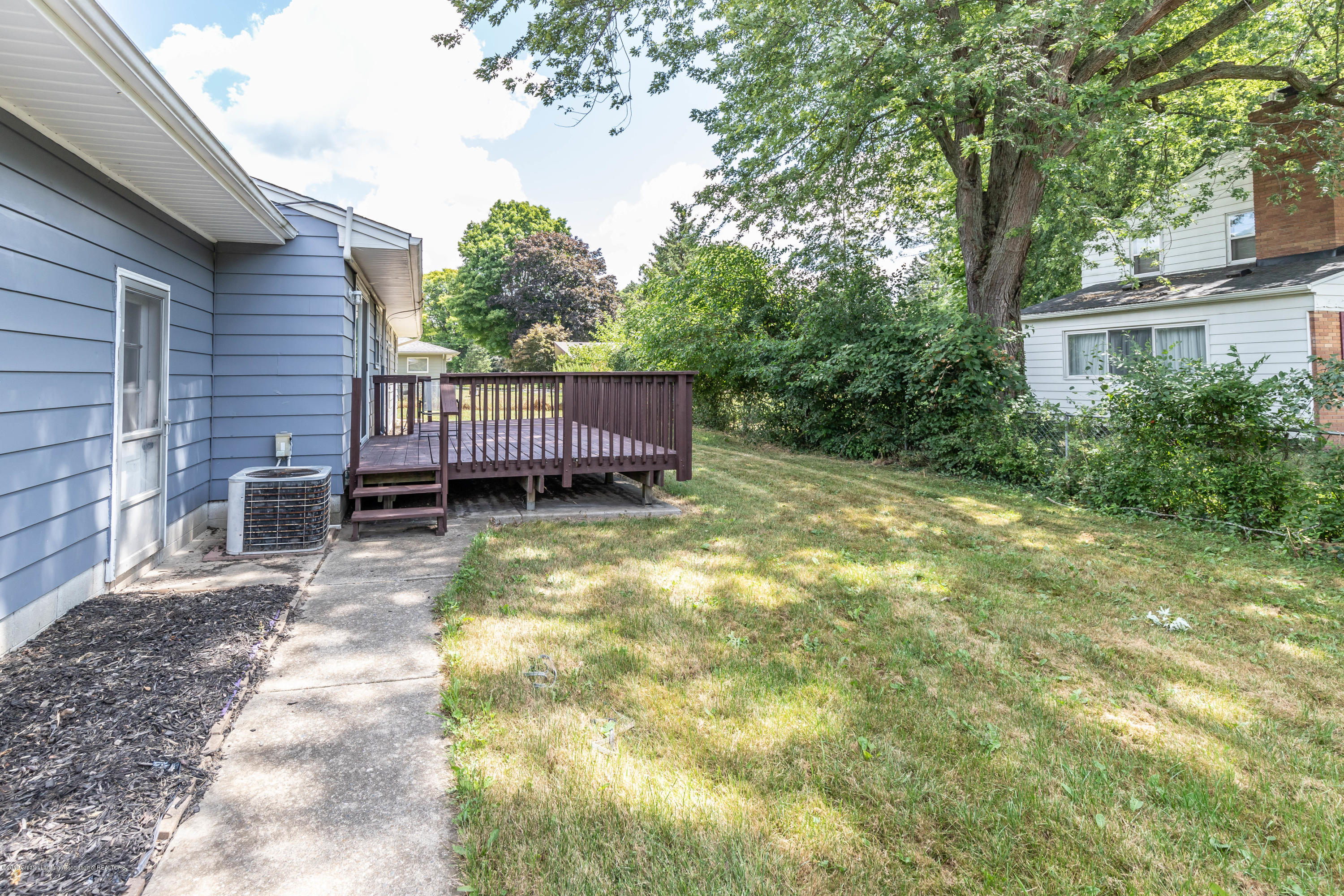 1529 Birchwood Dr - back yard - 29