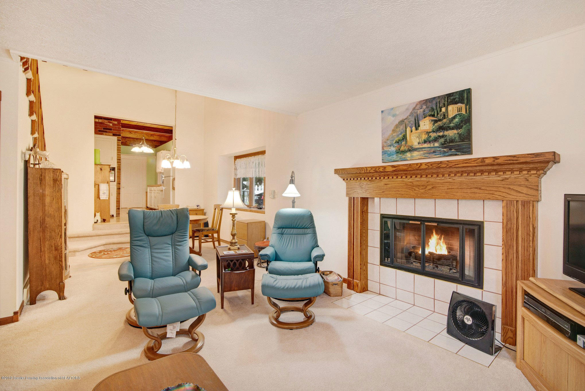 815 W Jefferson St - Family Room - 17