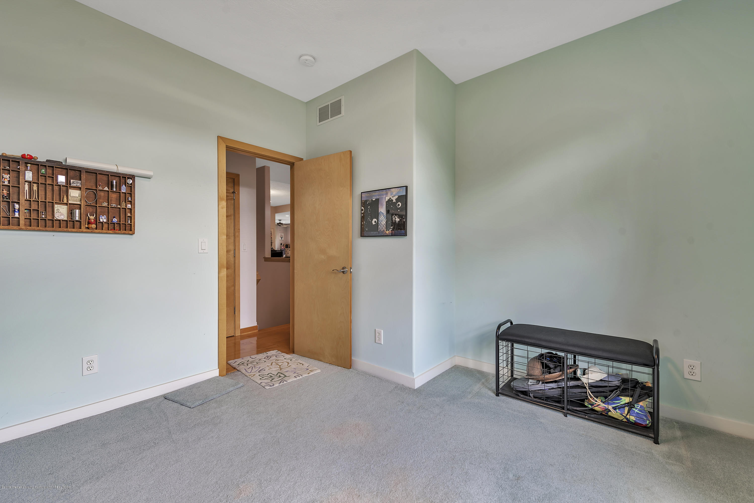 2327 Sapphire Ln - Study or potential 2nd BR - 20
