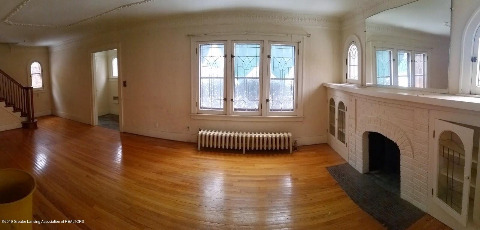 418 West St - panoramic of living room and front foyer - 6