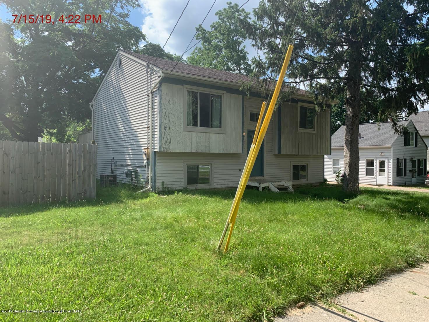 2516 Lyons Ave - Side 2 - 2