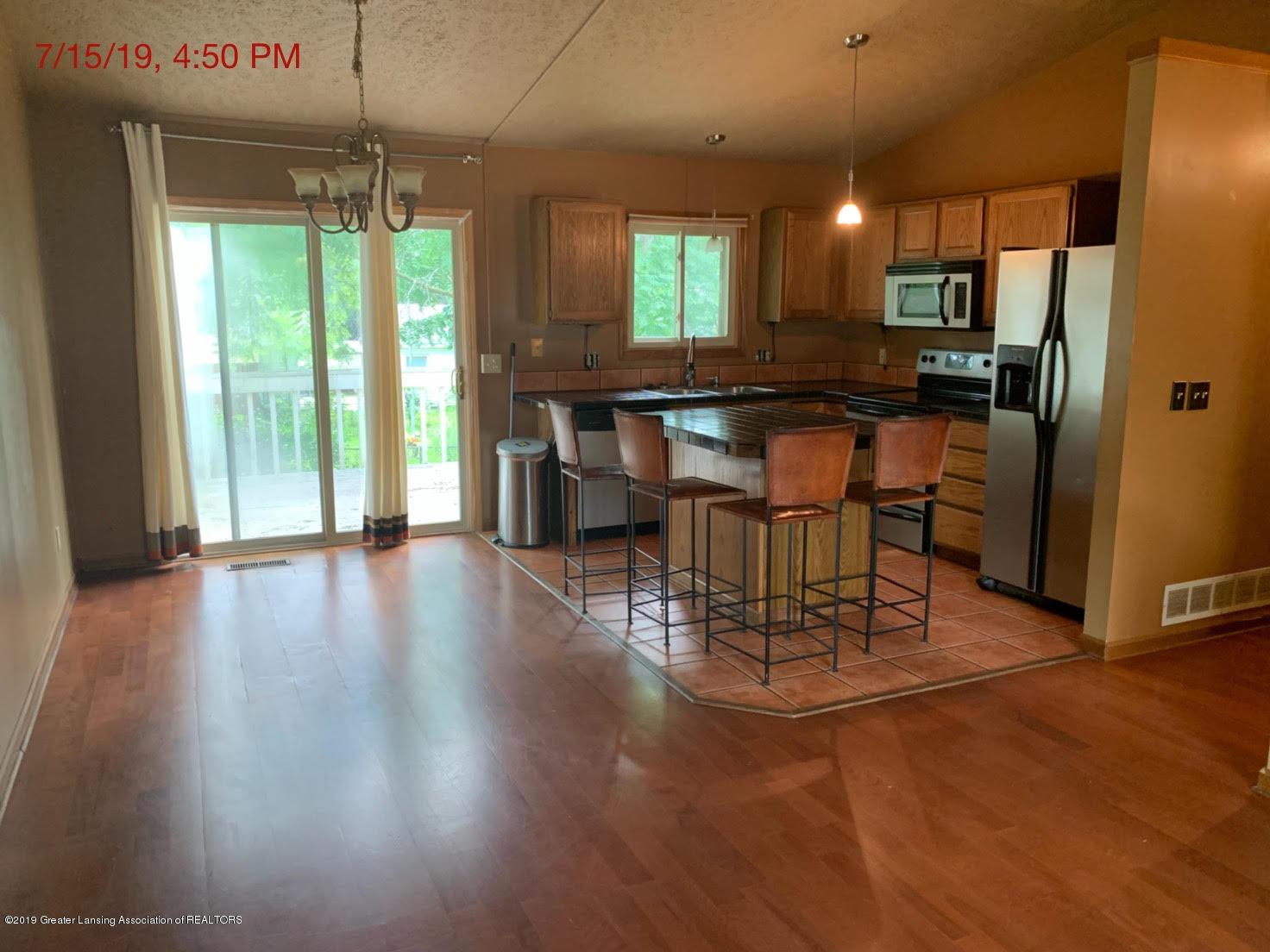 2516 Lyons Ave - Kitchen - 6