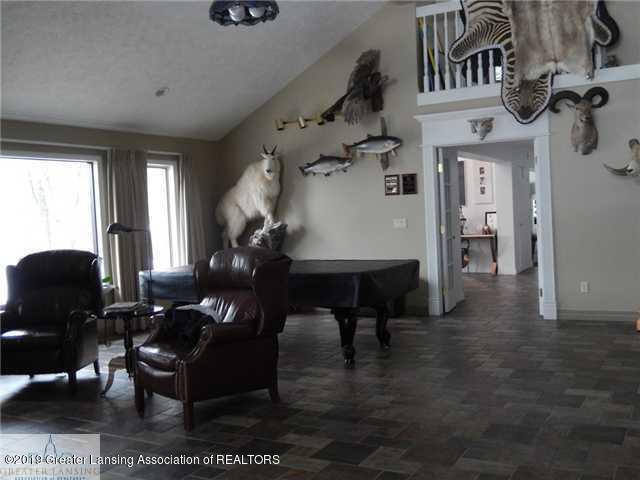 595 Dart Rd - Sitting Room - 15