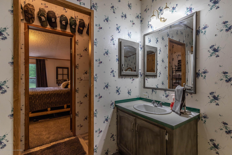 7605 Baseline Rd - Bathroom - 18