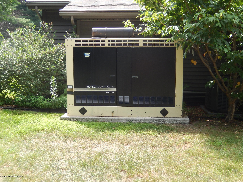 595 Dart Rd - Generator - 28