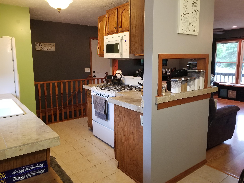 3707 W Grand River Rd - KITCHEN - 6