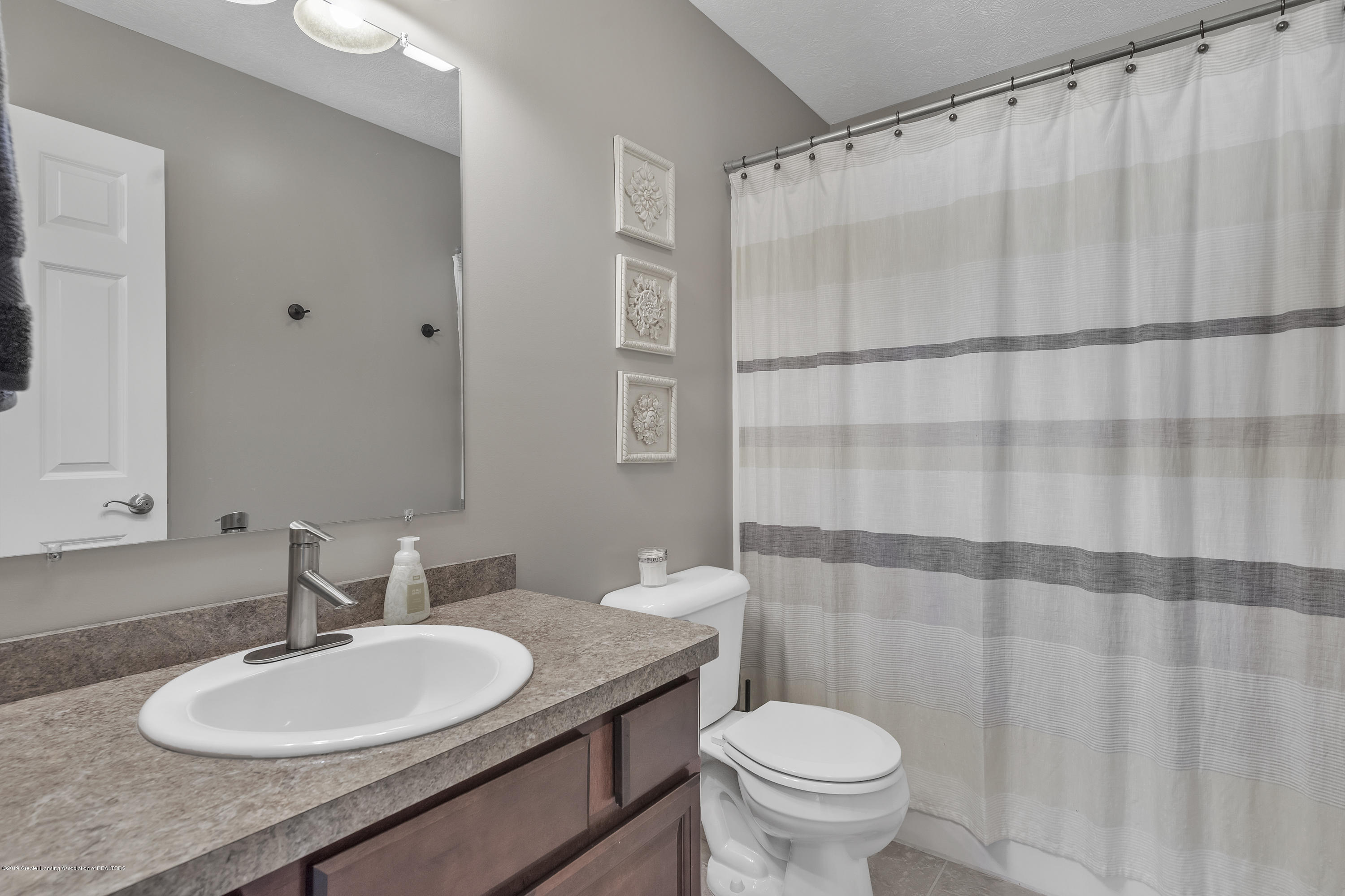 5850 Chartres Way - 5850-Chartres-Way-East-Lansing-MI-24 - 24