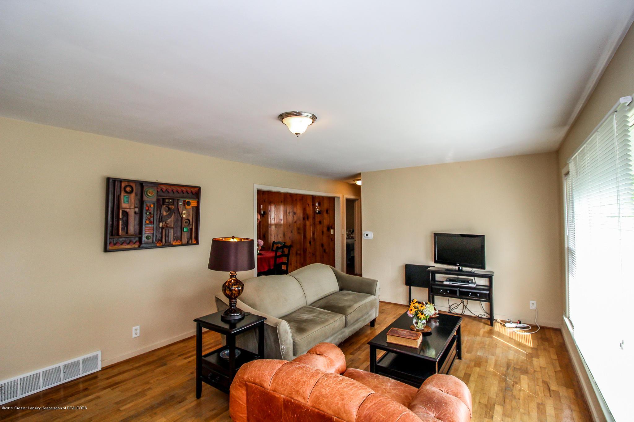 1931 Cumberland Rd - Living Room - 7