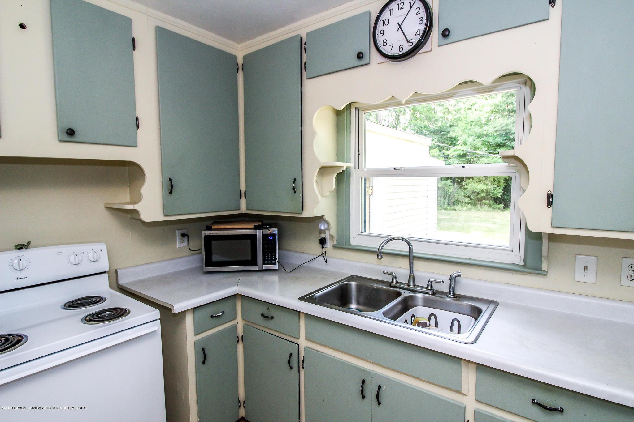 1931 Cumberland Rd - Kitchen - 10