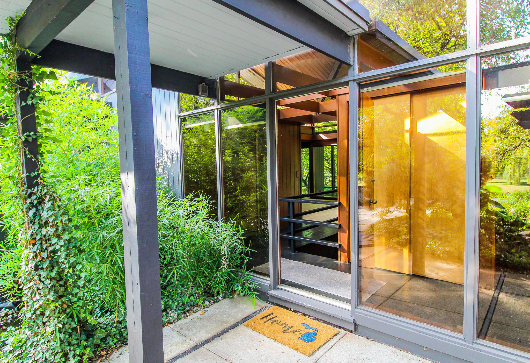 4702 Huron Hill Dr - Entry Way - 5
