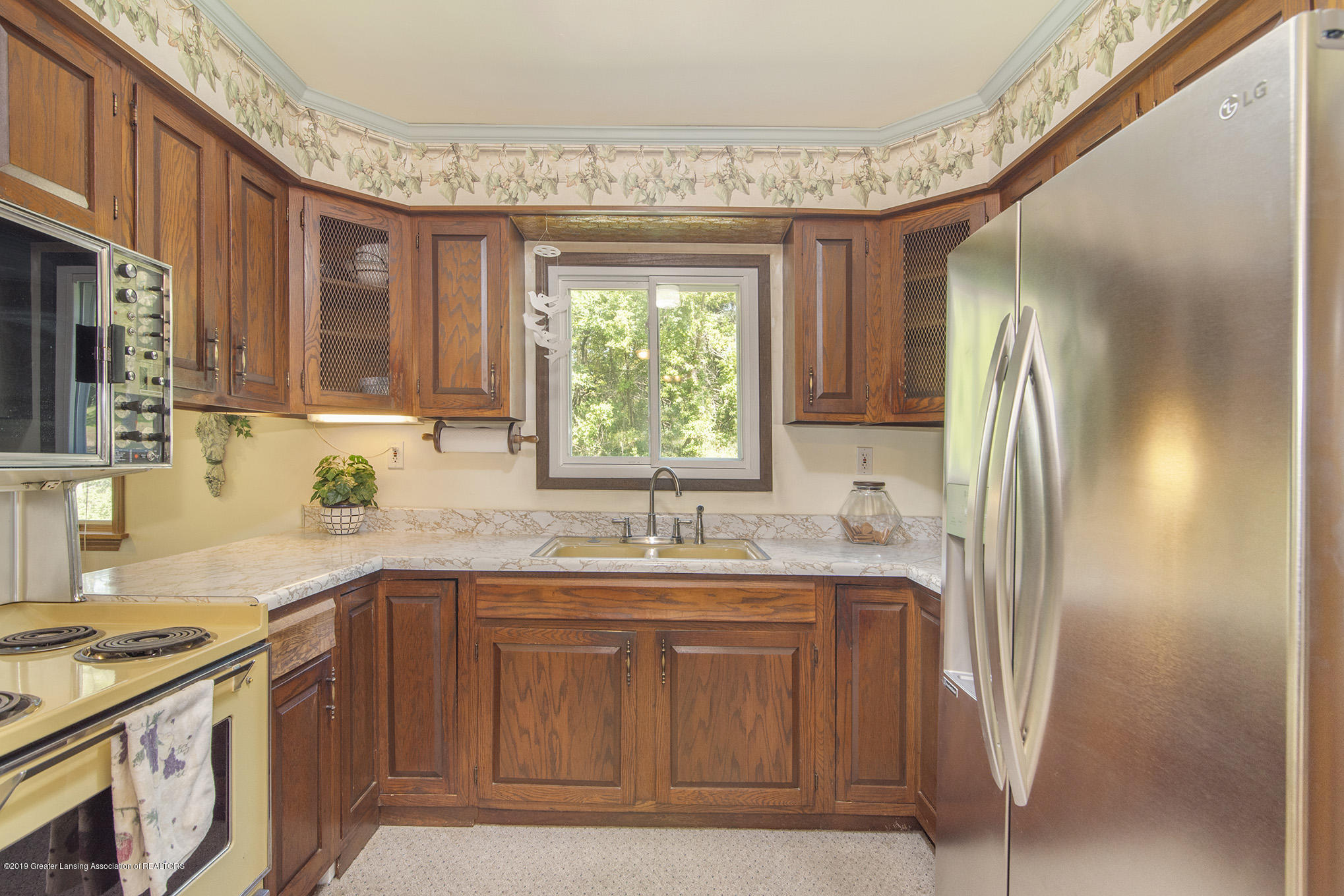 11807 Upton Rd - Kitchen - 4
