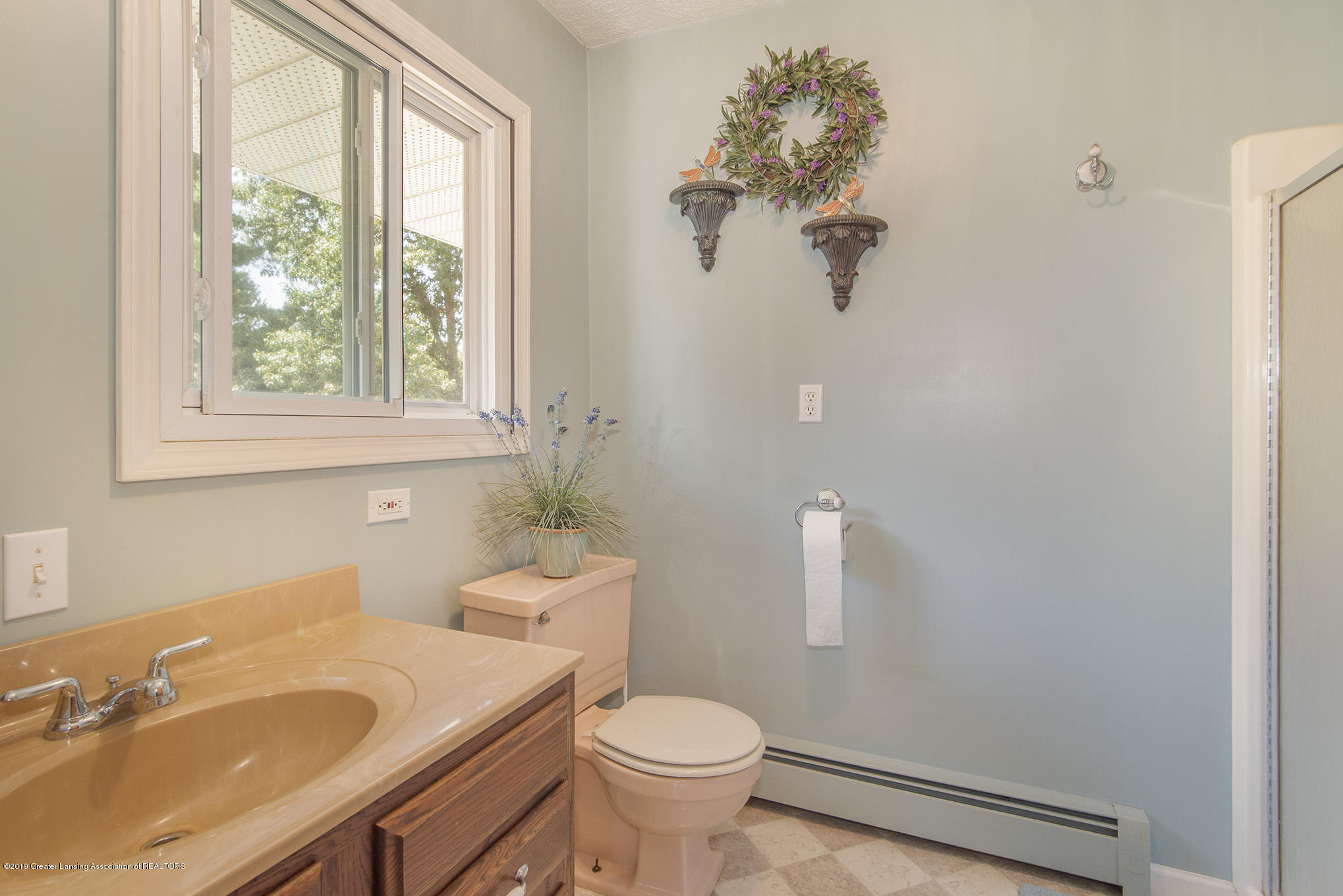 11807 Upton Rd - Bathroom - 14