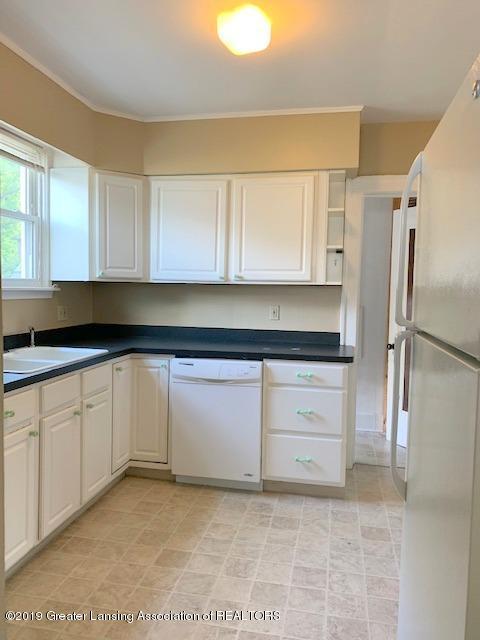1413 Eureka St - Kitchen - 12