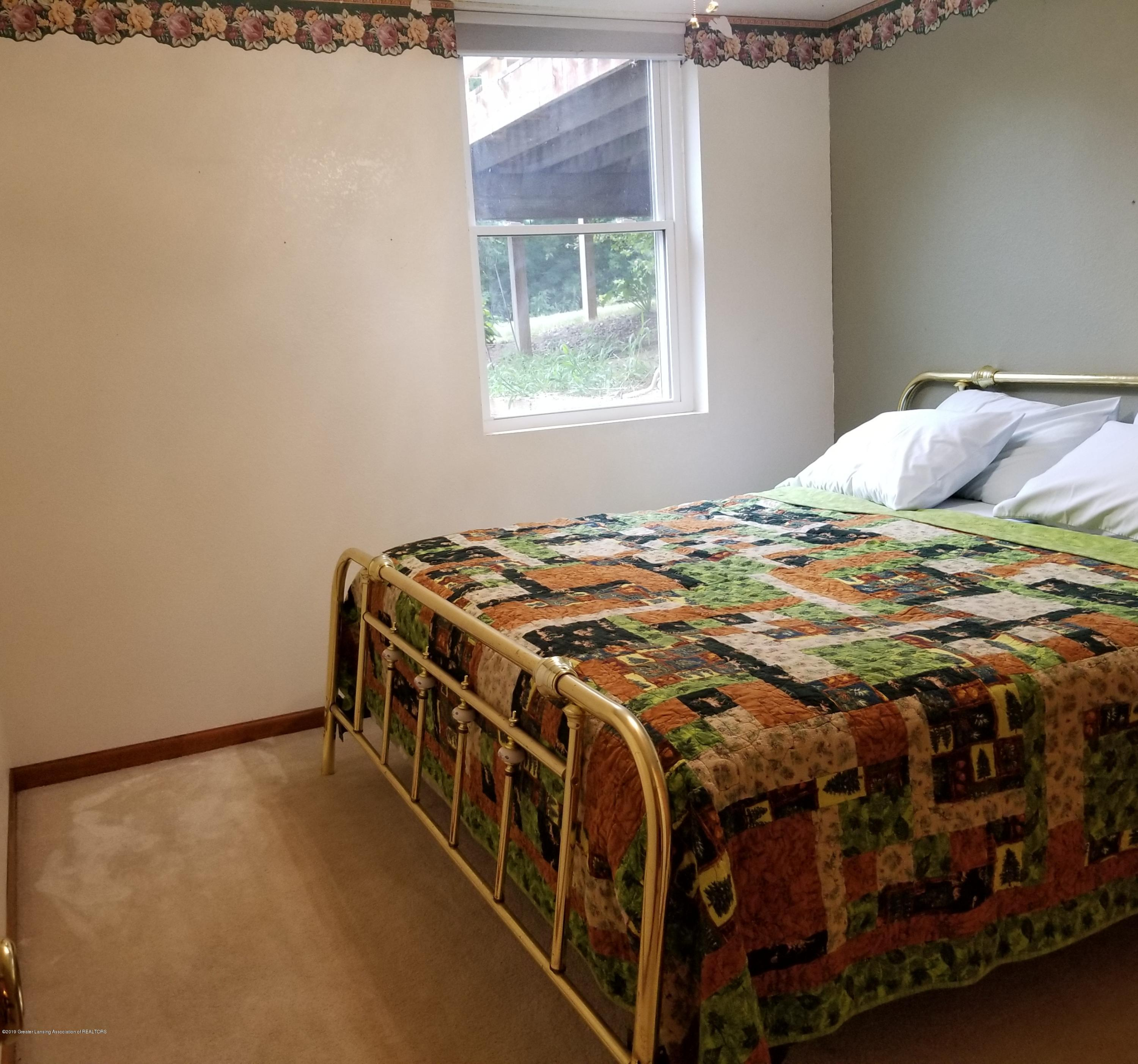 3707 W Grand River Rd - BEDROOM - 11