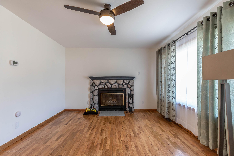 5010 Kessler Dr - Living Room - 3