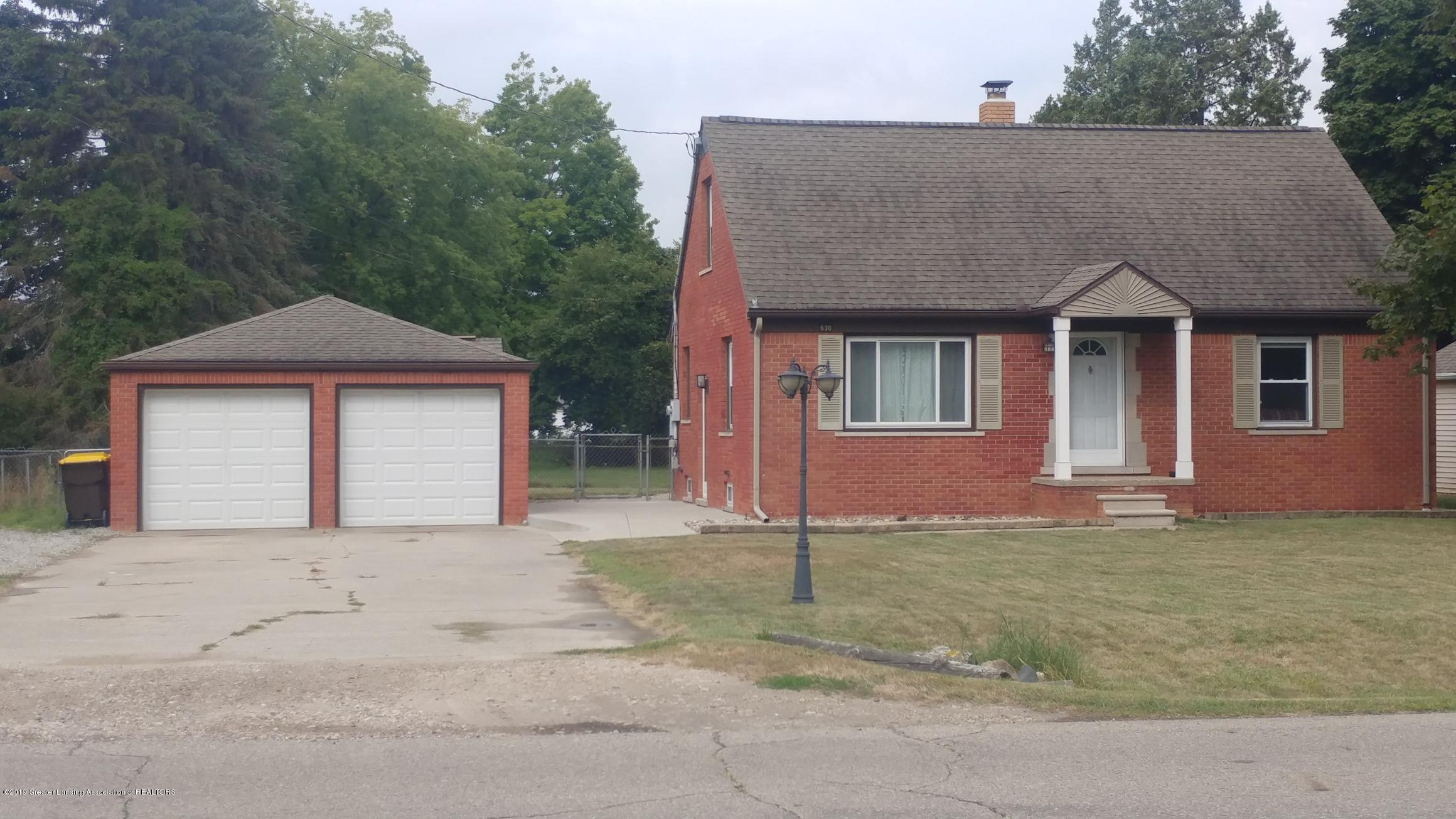 630 Stoner Rd - front of house - 1
