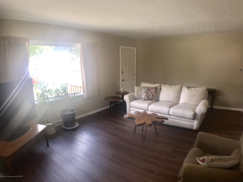 3510 Schlee St - Living Room - 7