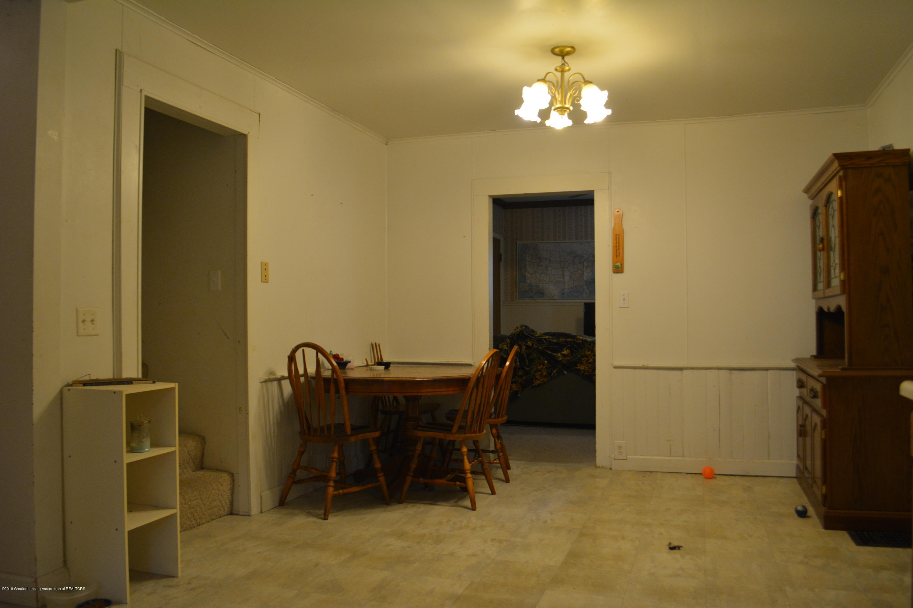105 W Floral Ave - Dining Room - 5