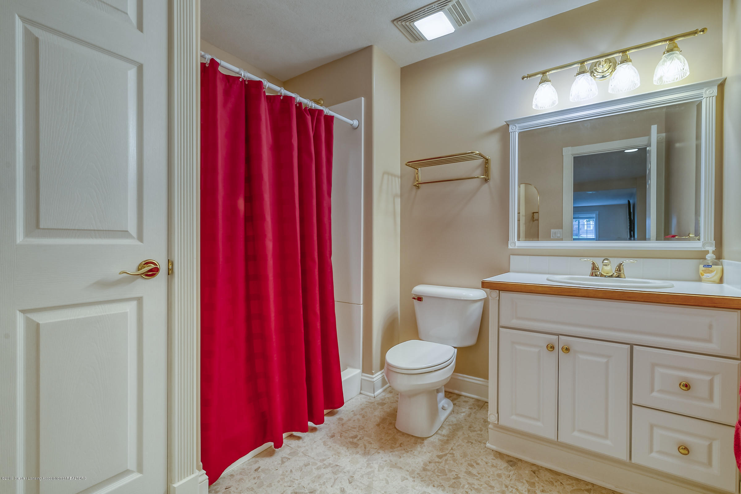 1110 Candela Ln - FULL BATHROM - 32