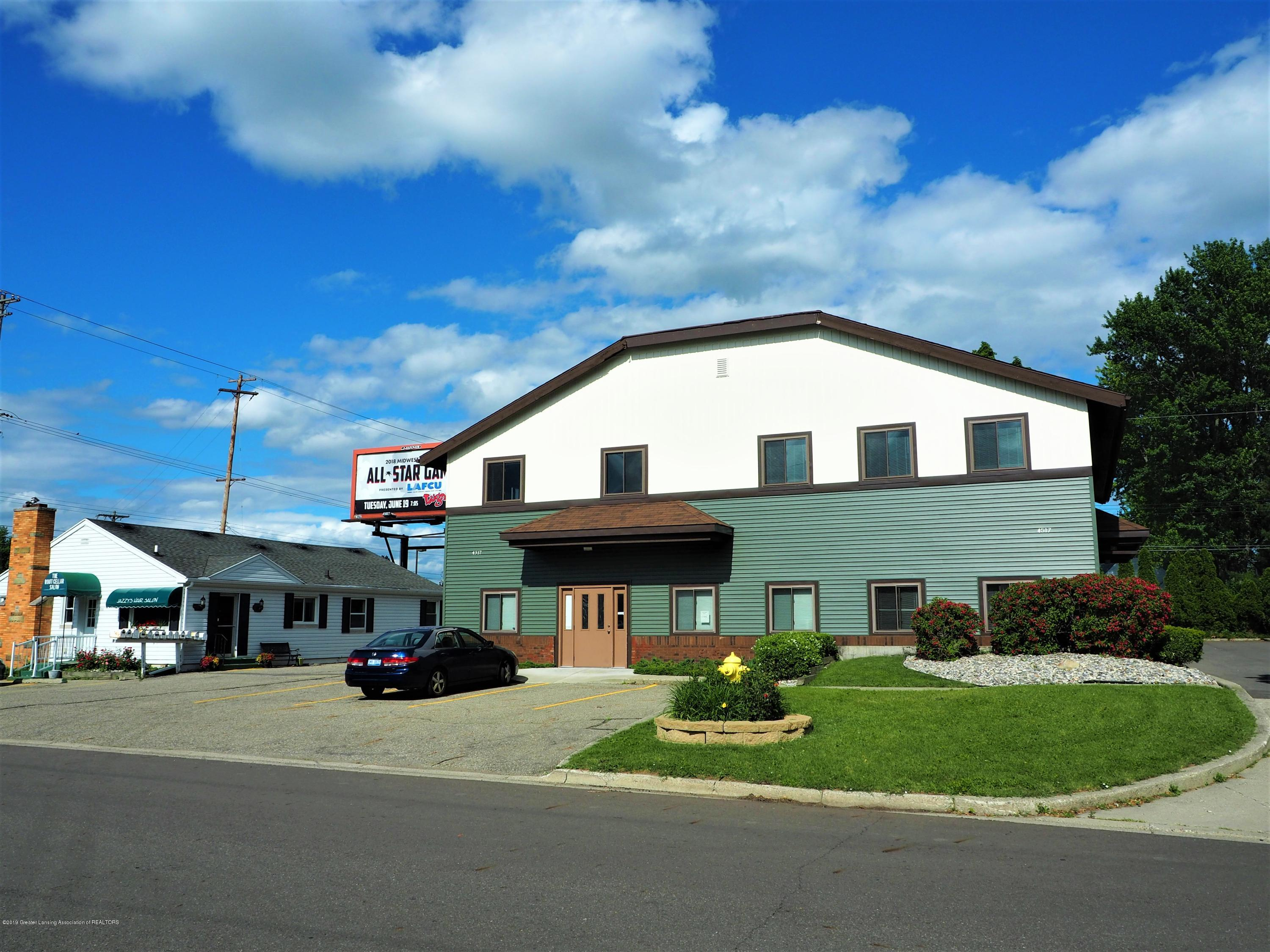 4517 W Saginaw Hwy - Front of Building - 1