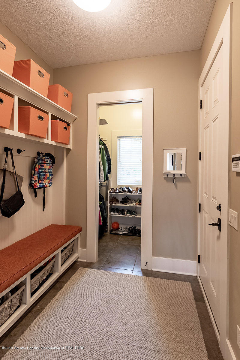 6405 Heathfield Dr - Mud Room - 37