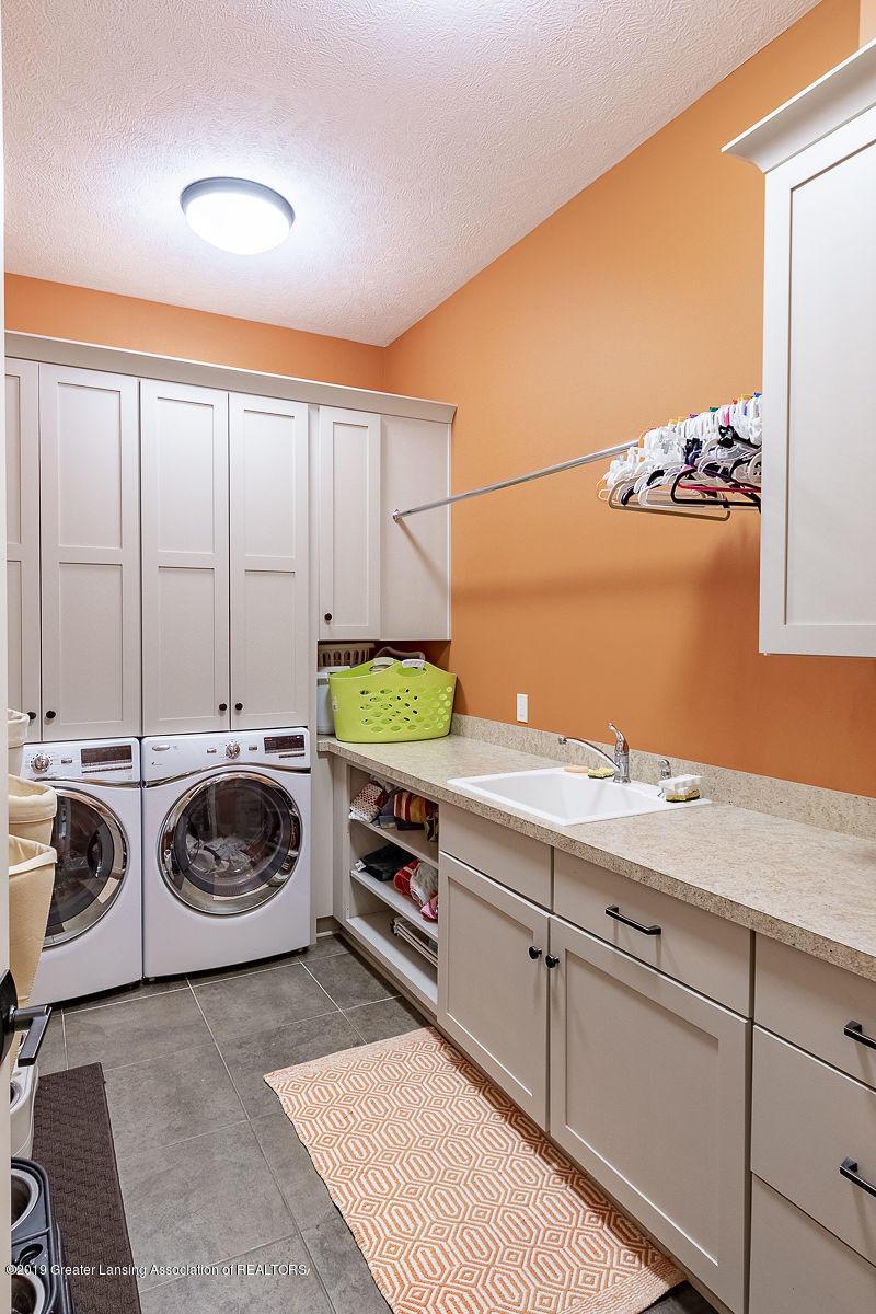 6405 Heathfield Dr - Laundry - 36