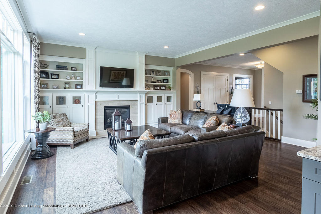6405 Heathfield Dr - Great Room - 22