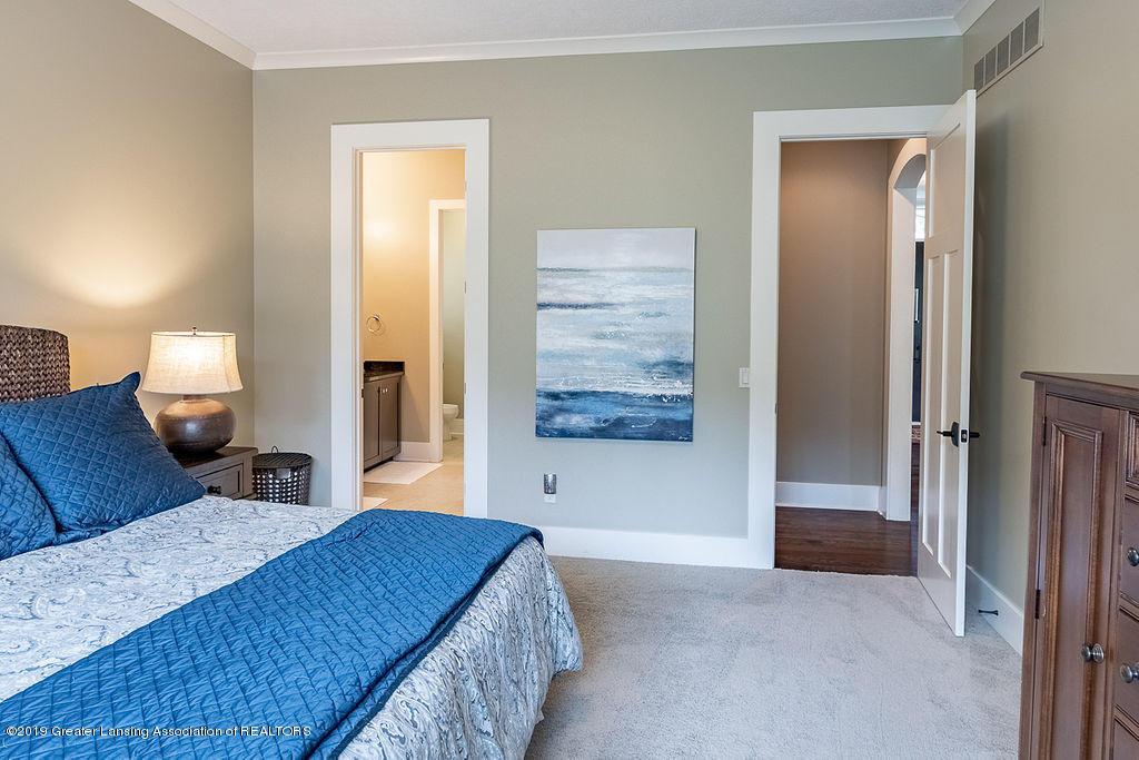 6405 Heathfield Dr - 1st Floor Guest Suite - 39