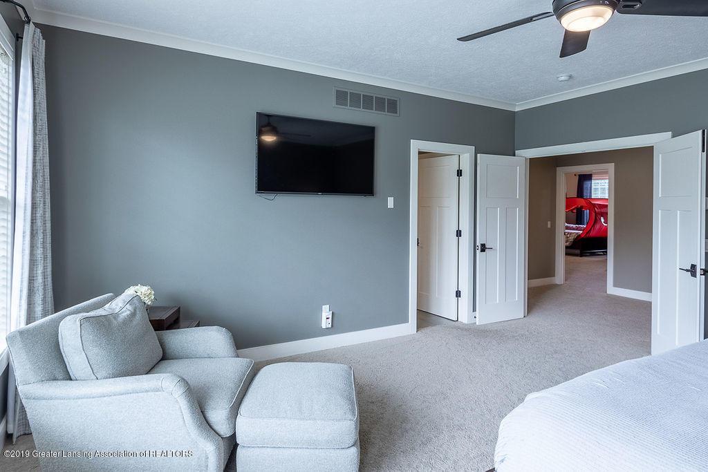 6405 Heathfield Dr - Master Bed - 45