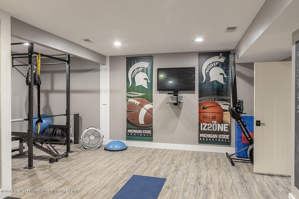 6405 Heathfield Dr - Exercise Room - 74